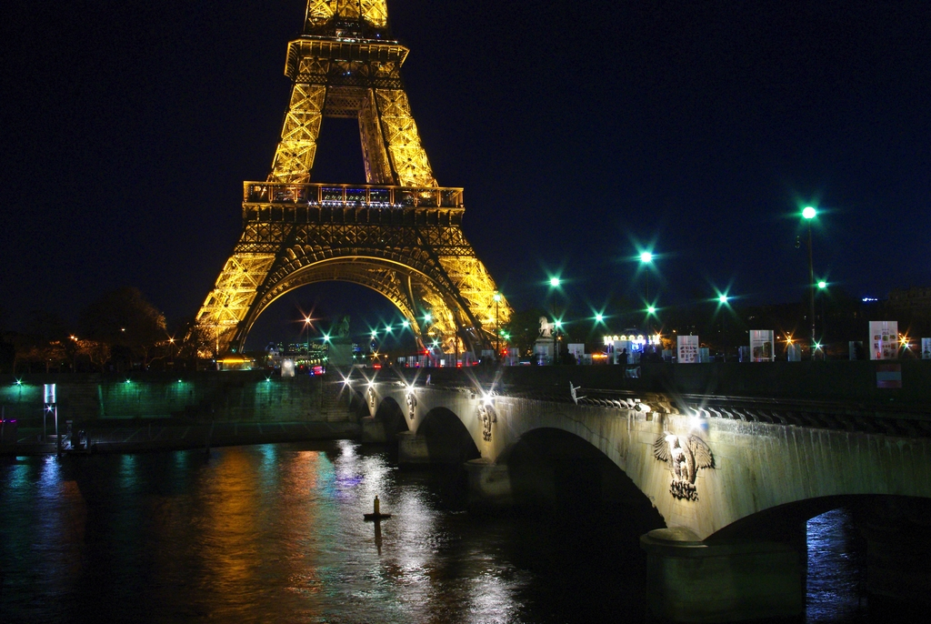 Eiffel Pont d'Iéna by night © French Moments 5 December 2015 03 © French Moments