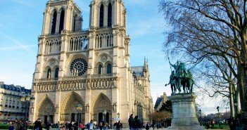 Notre-Dame Cathedral Christmas 2015 01 © French Moments