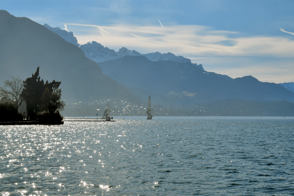 Lake Annecy © French Moments