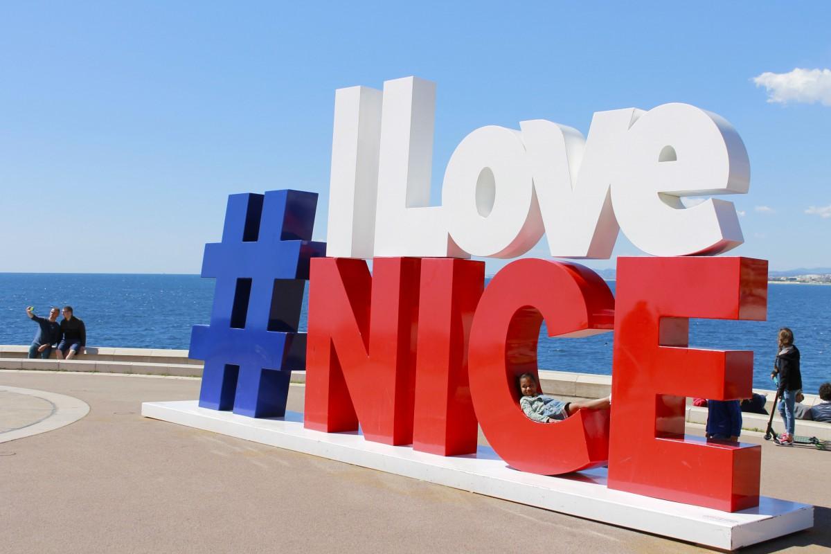 Nice, French Riviera @aina.zholudeva via Twenty20