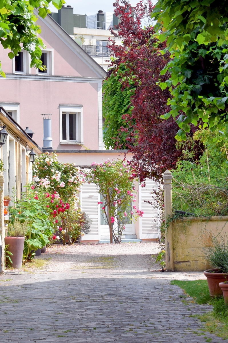 Old town of Saint-Germain-en-Laye © French Moments