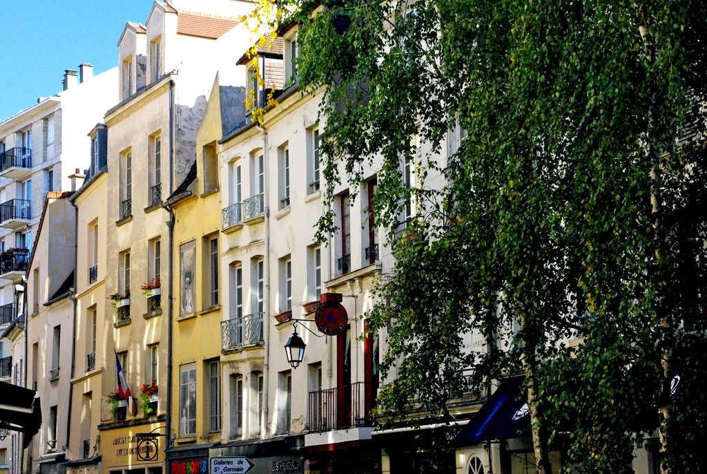 Rue au pain, Saint-Germain-en-Laye © French Moments