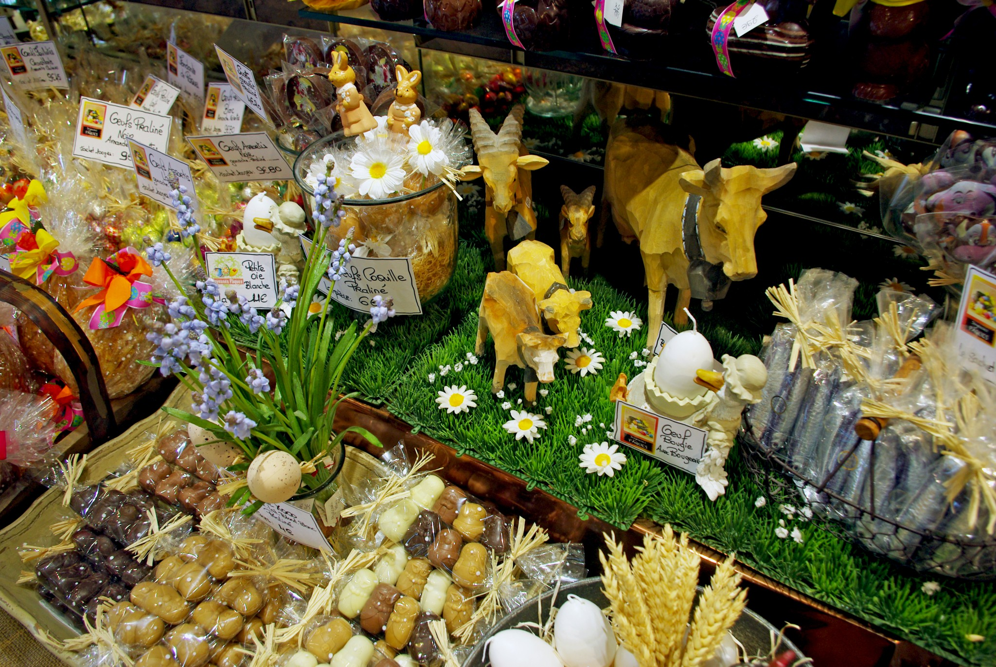 Easter decorations at Bauget in Maisons-Laffitte © French Moments
