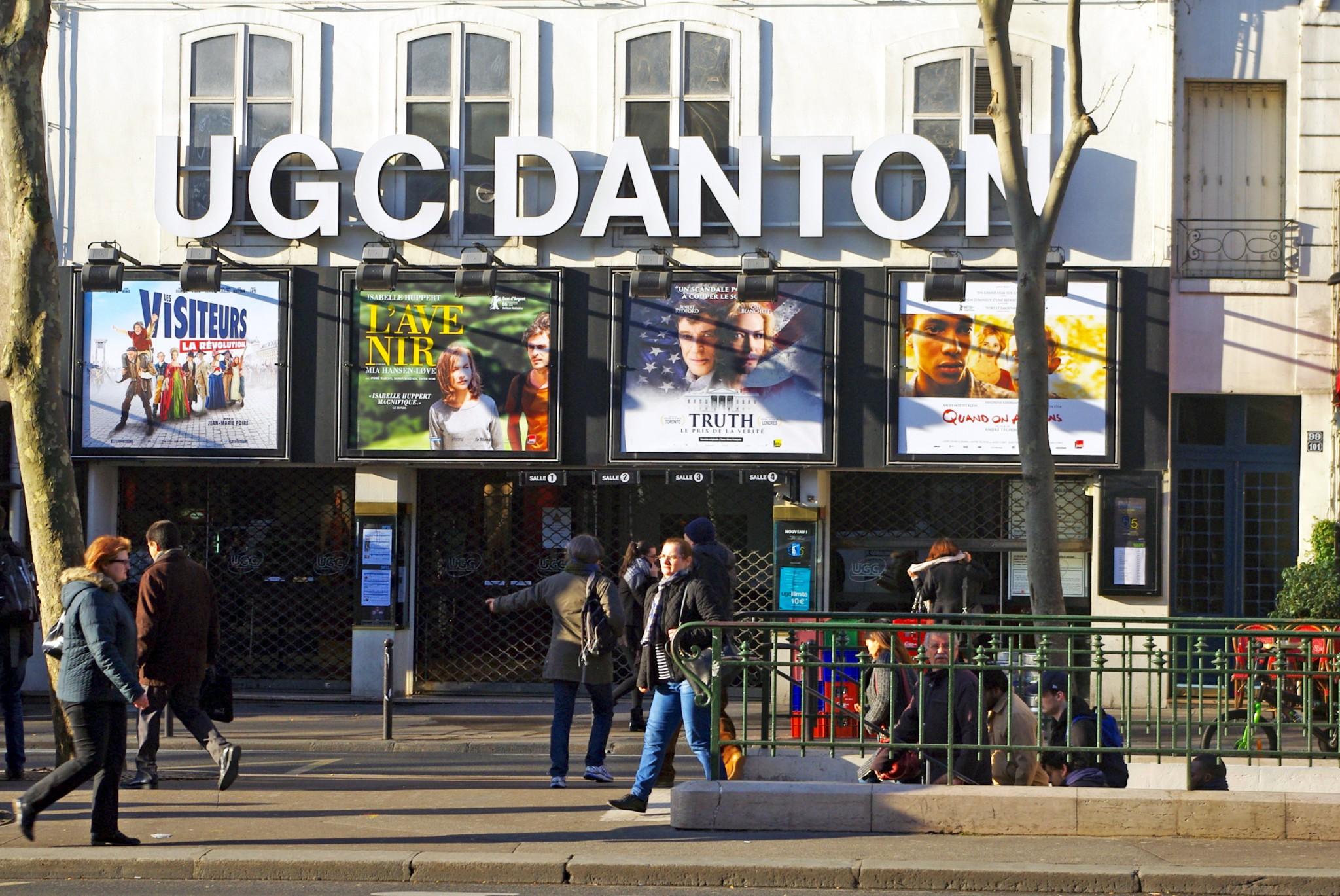 Les Visiteurs : La Révolution on screen at UGC Danton, Paris © French Moments