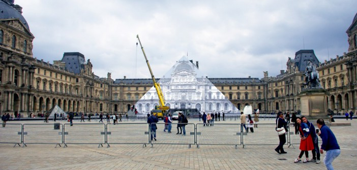 JR at the Louvre 01 © French Moments