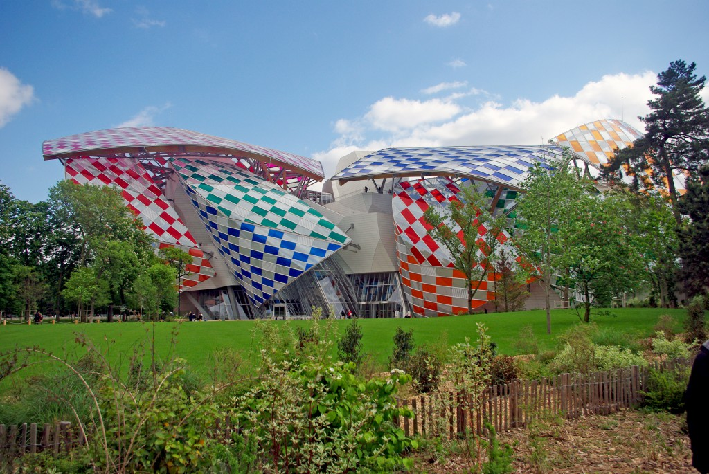 The monumental Fondation Louis Vuitton seen from the Jardin d'Acclimatation © French Moments