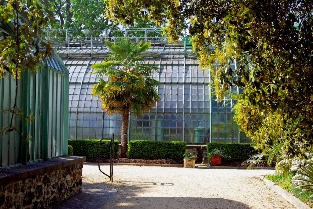 A peaceful corner of the Jardin des Serres d'Auteuil © French Moments