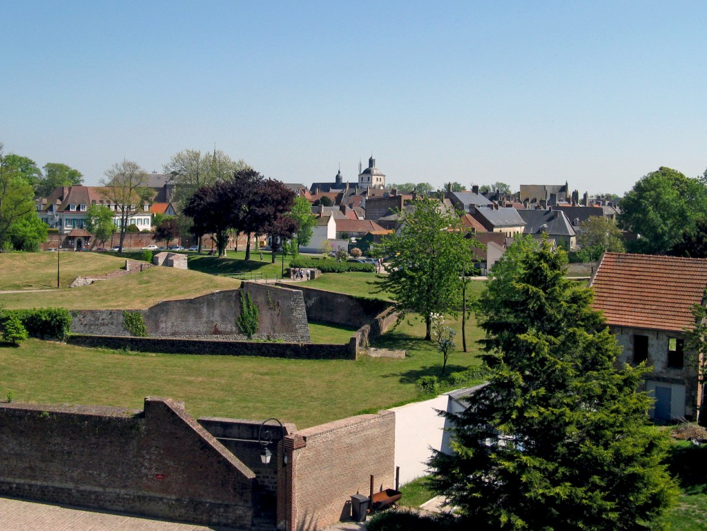 Montreuil-sur-Mer © Rainette 62 - licence [CC BY-SA 3.0] from Wikimedia Commons