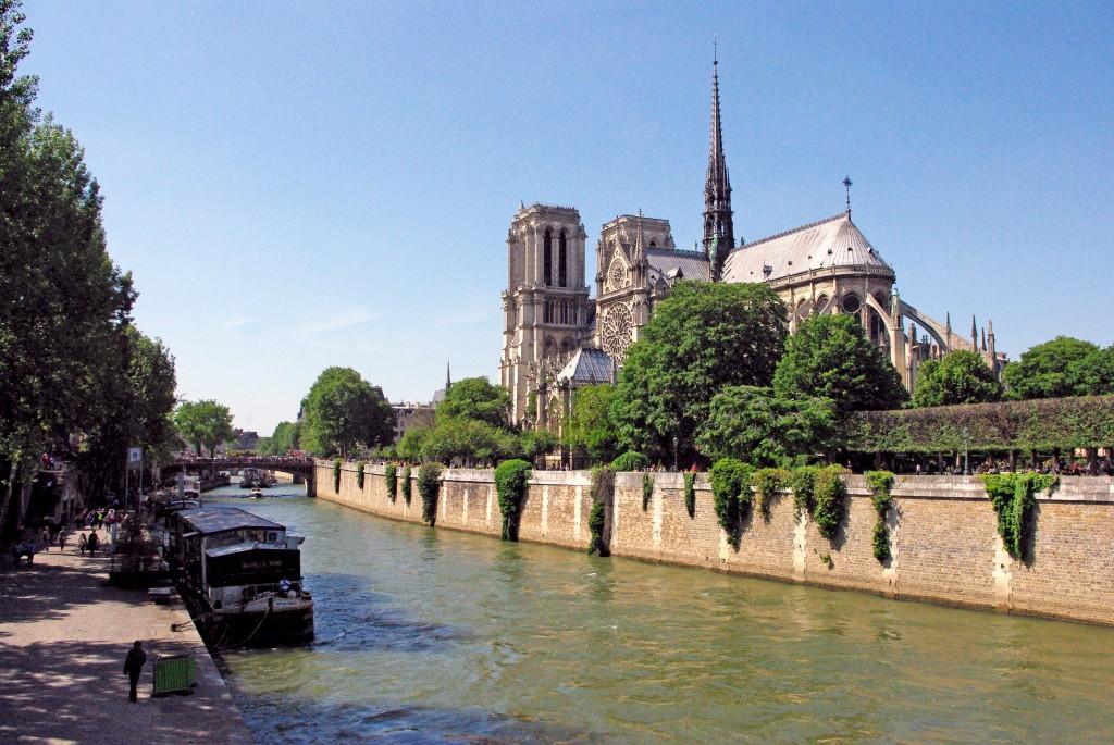 Notre-Dame May Pont de l'Archeveche Paris copyright French Moments
