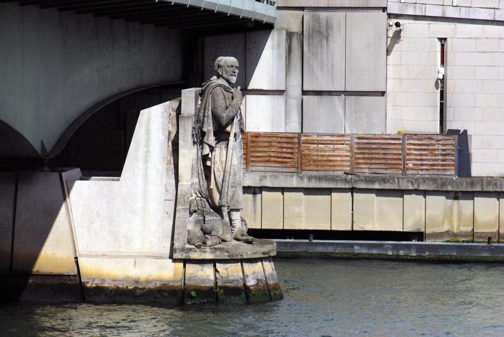 Zouave Pont d'Alma Paris © French Moments