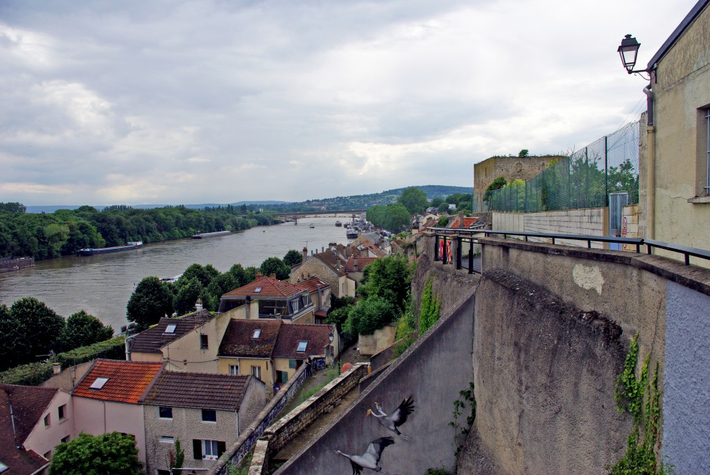 Panoramic view from the rue de la Tour, Conflans-Sainte-Honorine © French Moments