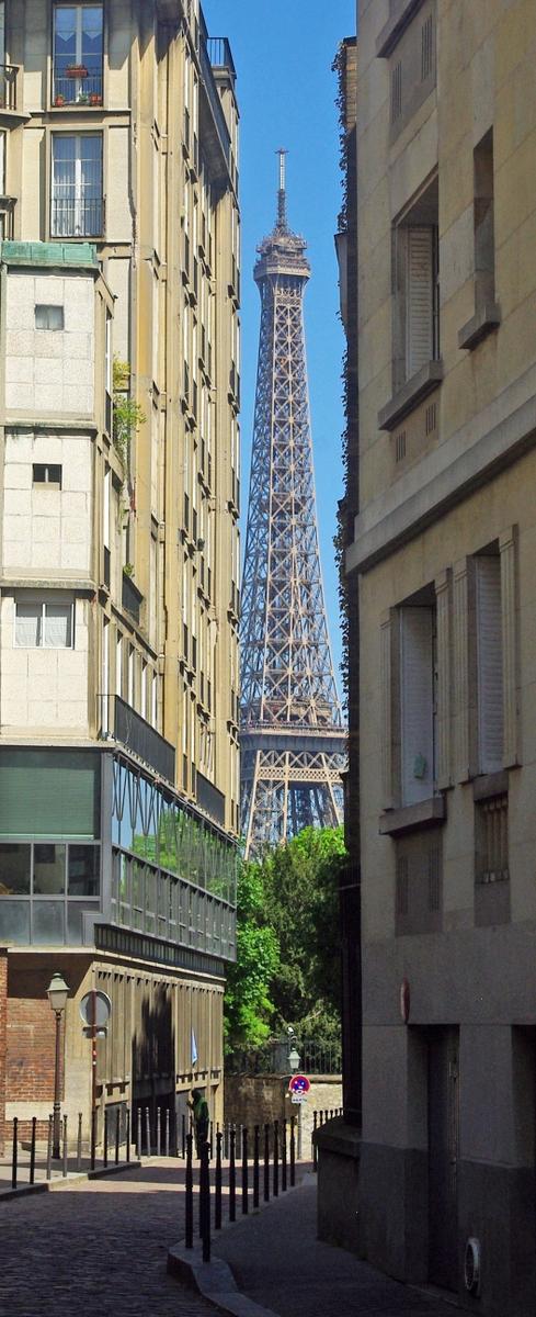 Rue Berton © French Moments