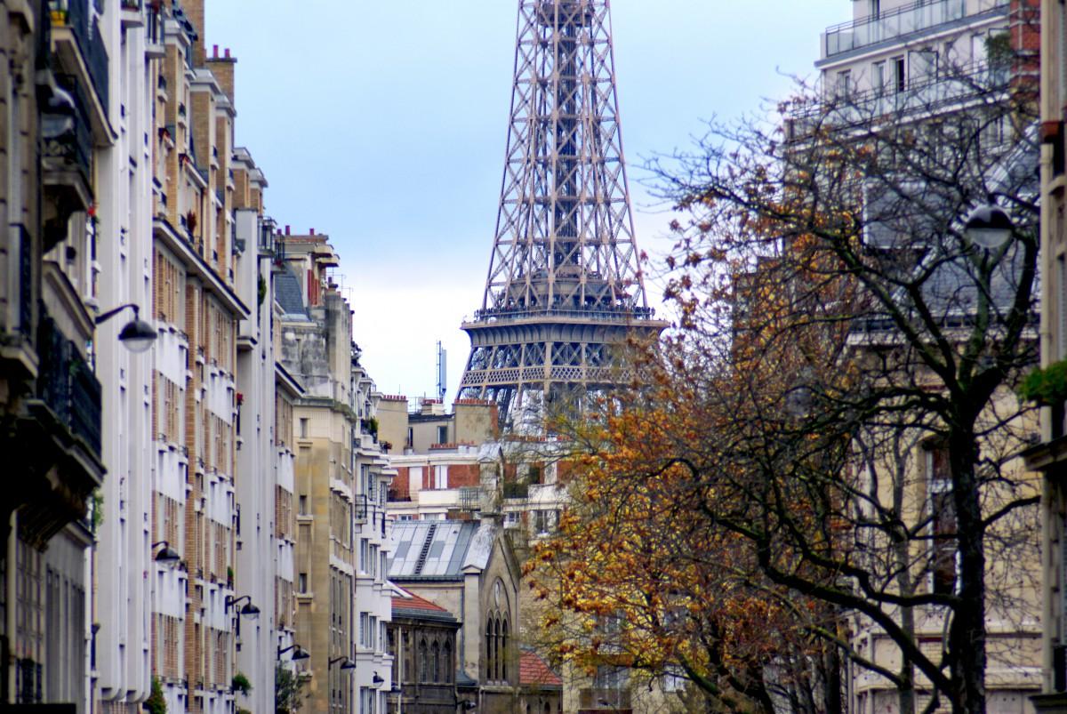Eiffel Tower Maublanc