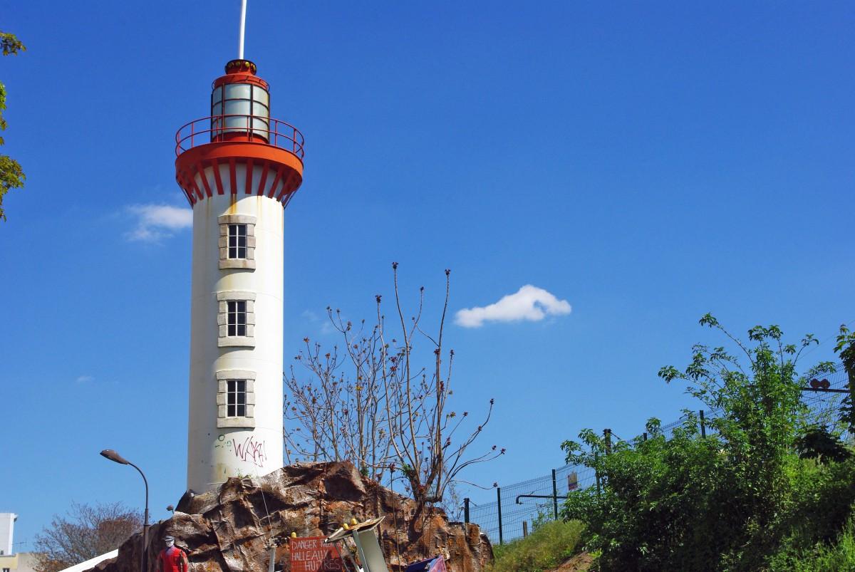 Breton Lighthouse Paris