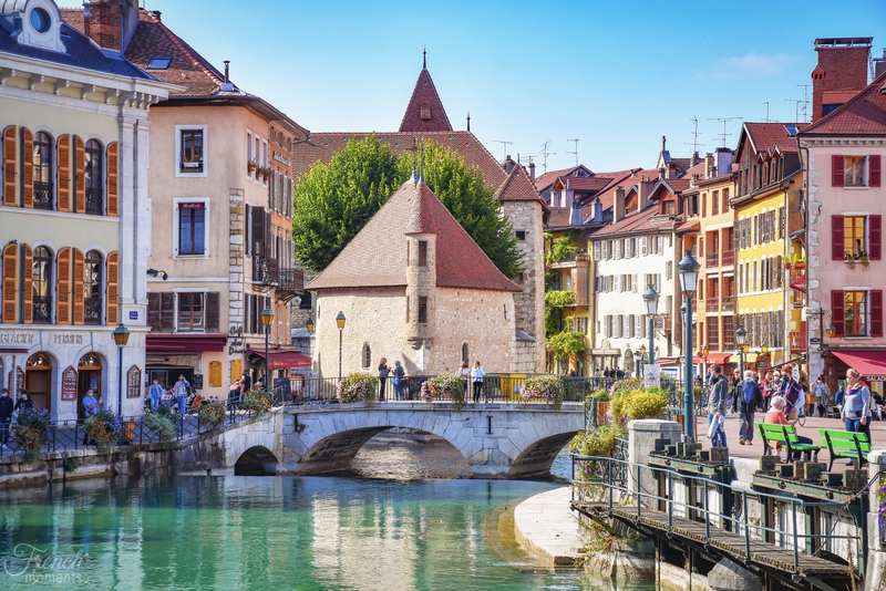The old town of Annecy © French Moments