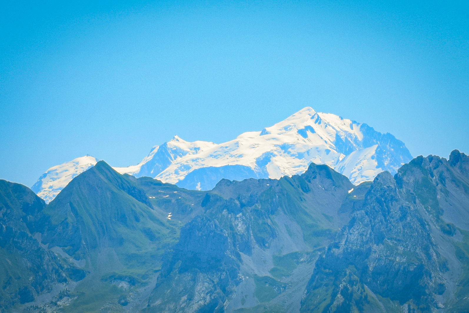 A closer look at the glaciers of Mont Blanc © French Moments