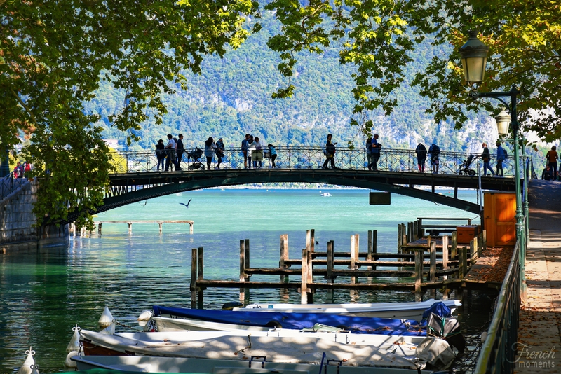 Pont des Amours, Annecy © French Moments