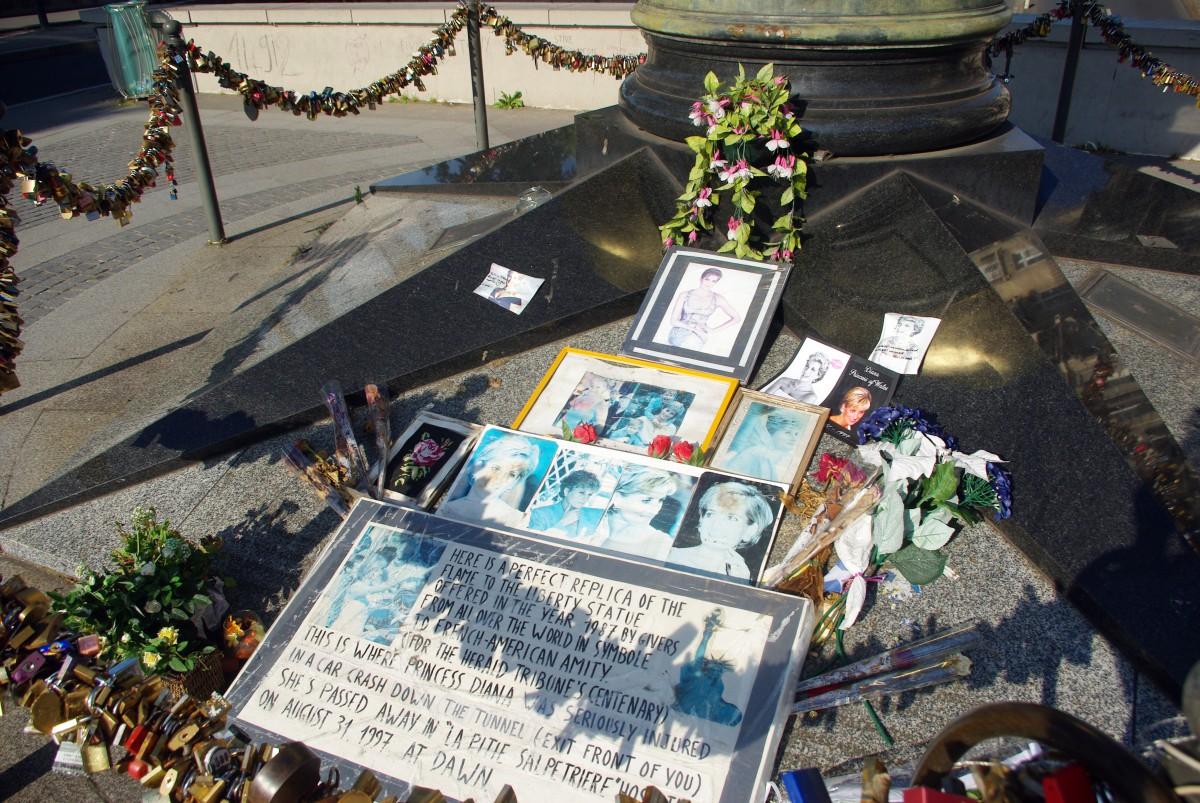 Flame of Liberty Paris