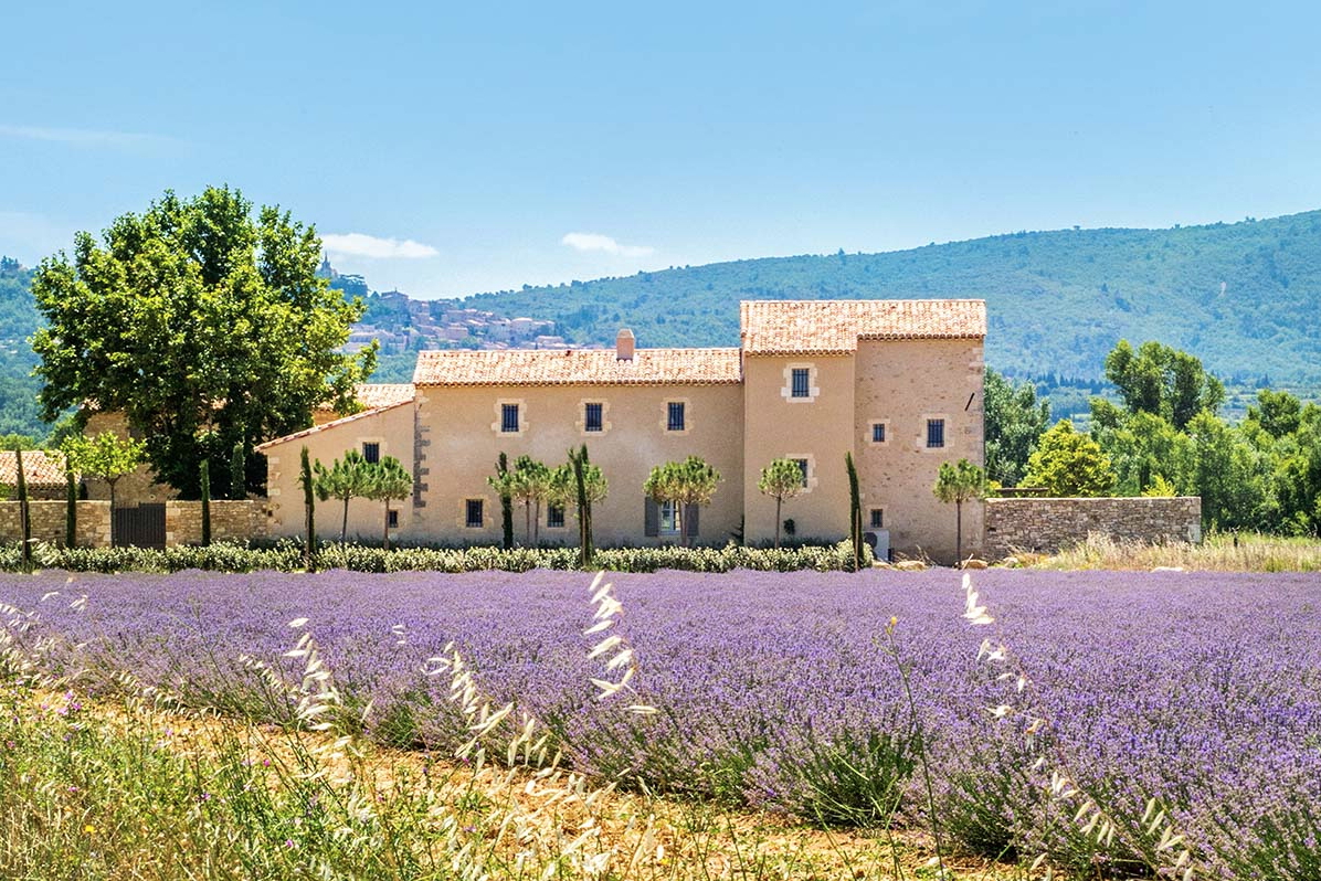 holiday in the Luberon luxury retreats