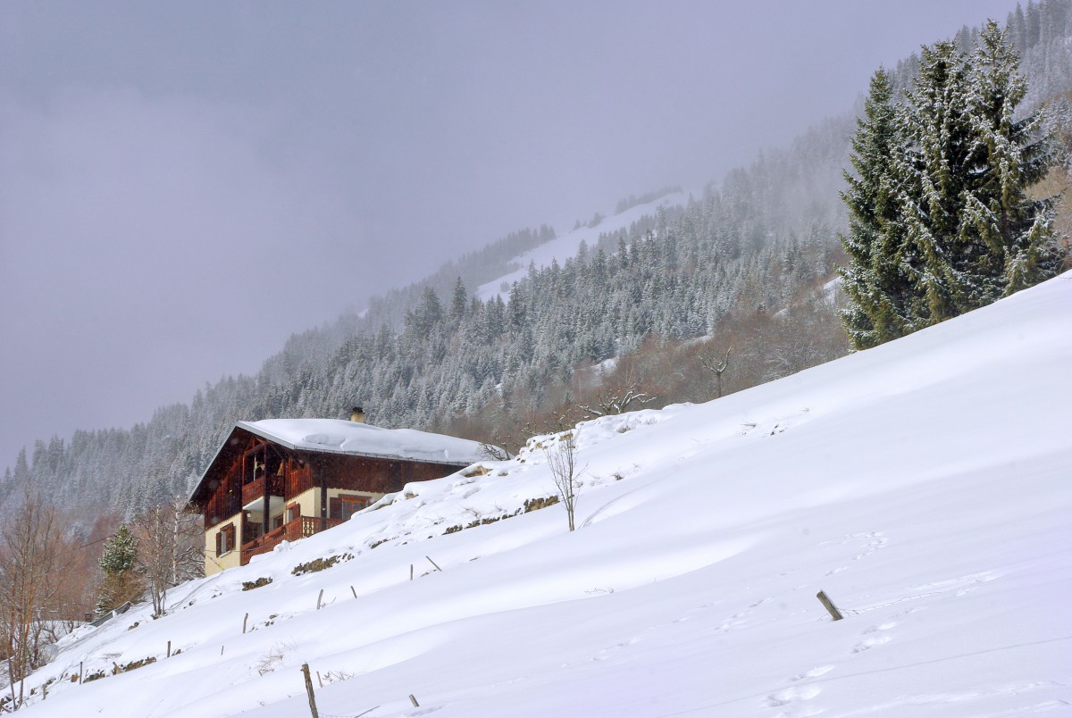 Winter in Granier © French Moments