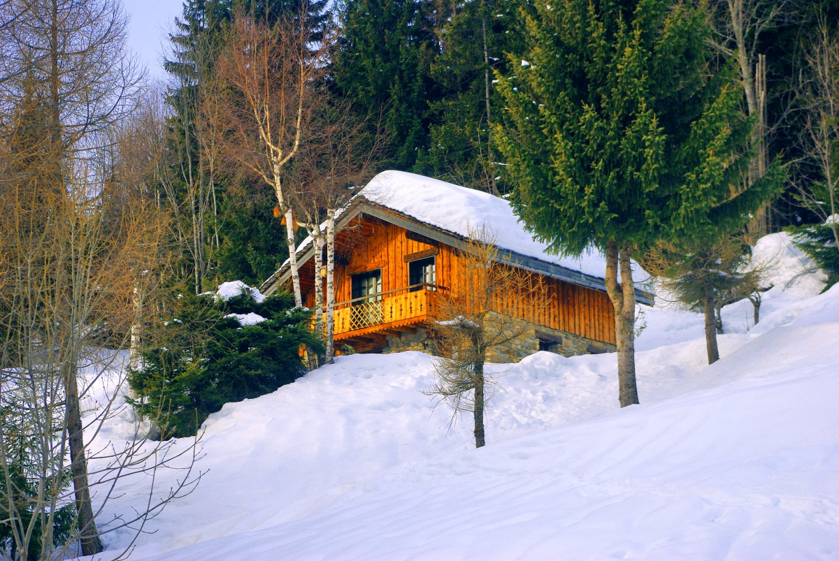 Chalet, village of Granier © French Moments