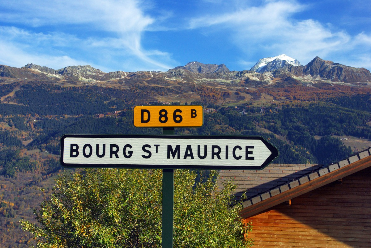 Towards Bourg-Saint-Maurice © French Moments