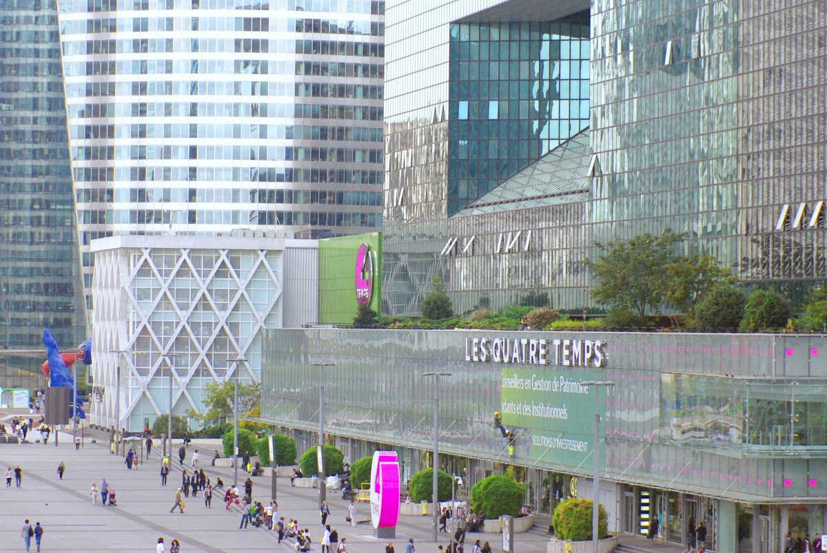 The Quatre Temps shopping mall in La Défense © French Moments