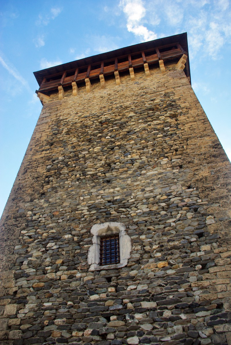 Montmayeur Tower, Aime © French Moments