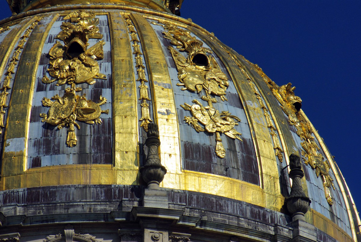 The gilded dome of the Dome church of Les Invalides © French Moments