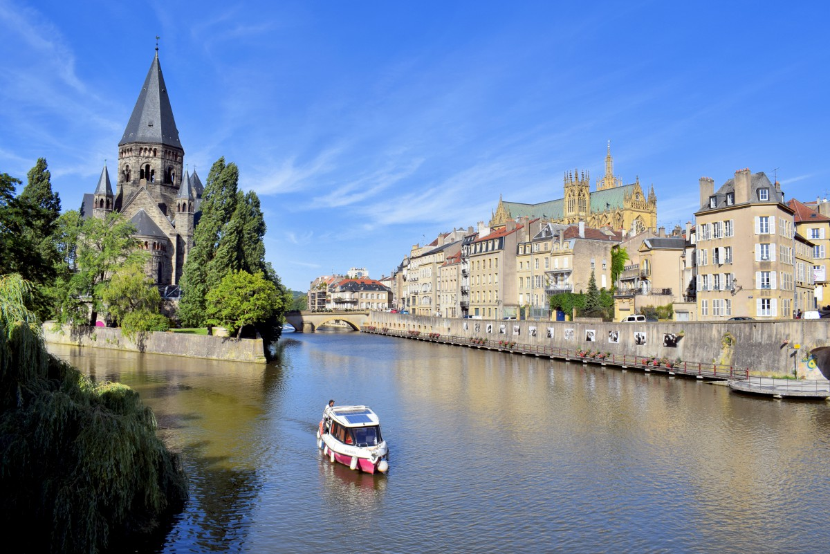Metz - the view from Moyen Pont © French Moments