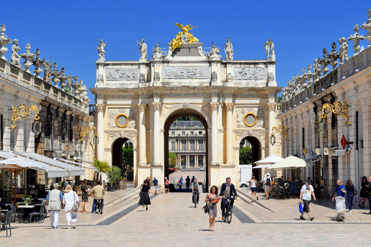 Things to see in Nancy: Arc Héré © French Moments
