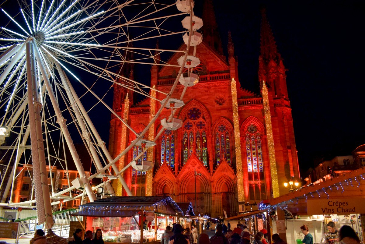 Photos of Christmas in France - Mulhouse Christmas Market © French Moments