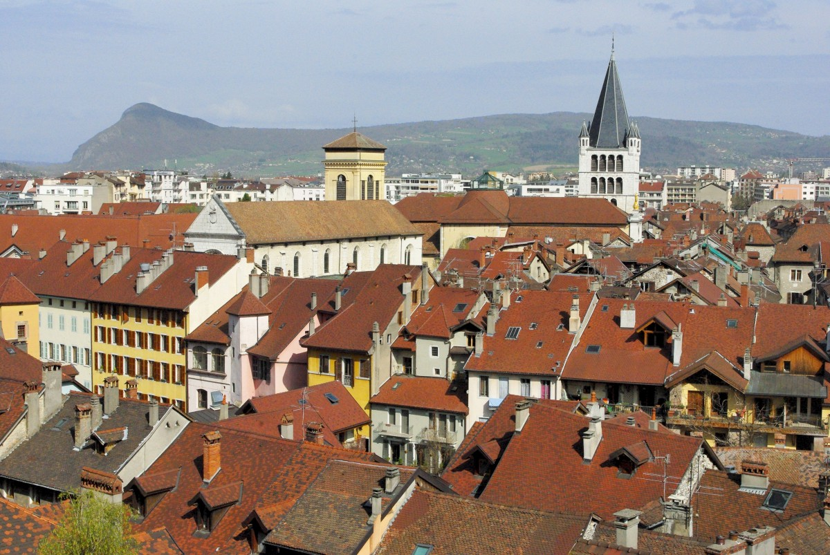 The roofs of Annecy seen from the castle © French Moments