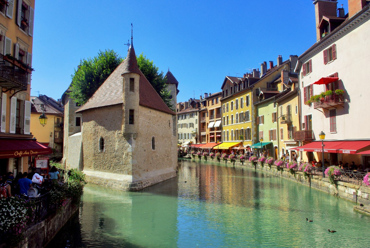 Pont Perrière Annecy © French Moments