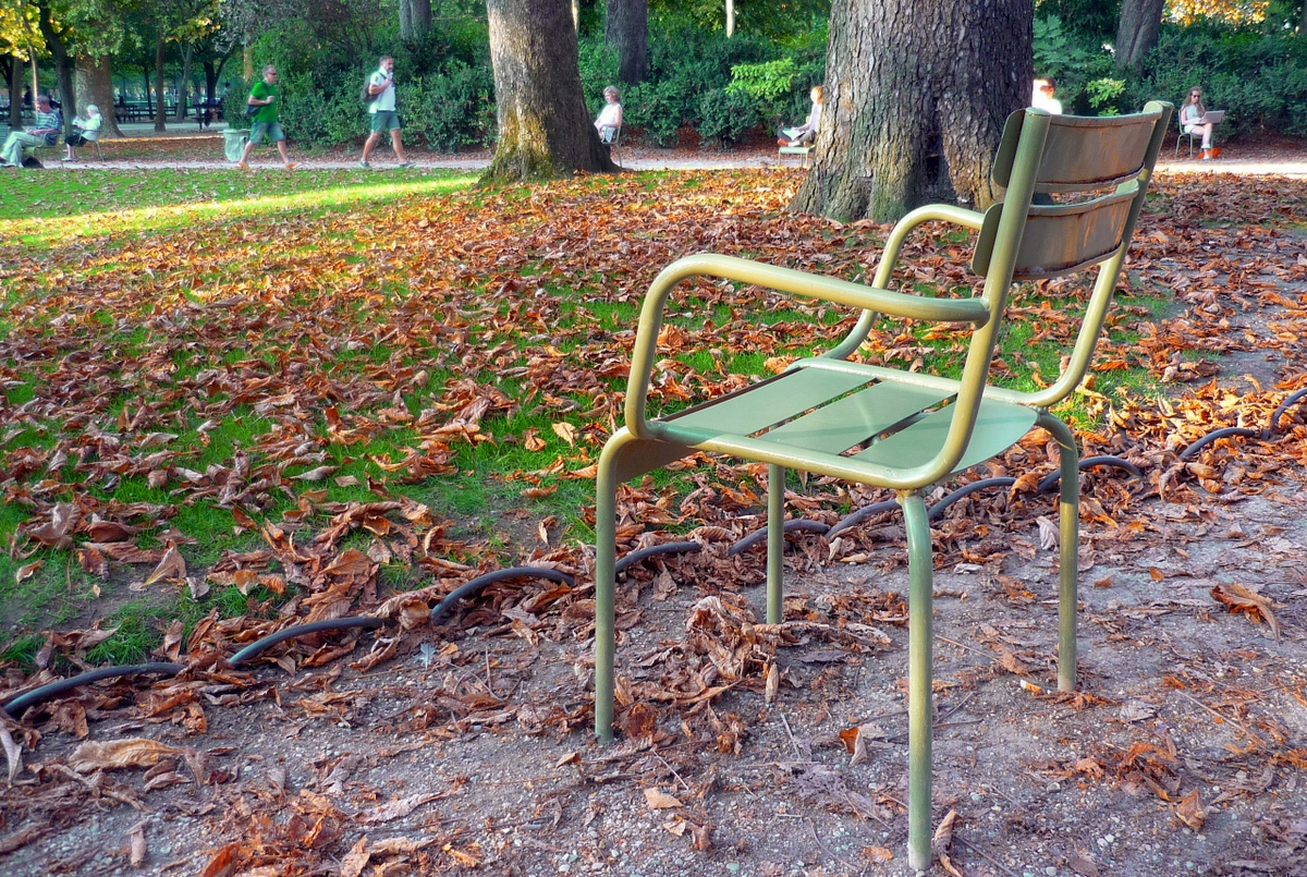 Jardin du Luxembourg, Benches of Paris © French Moments