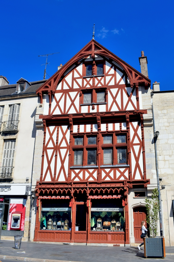 Mulot & Petitjean gingerbread store © French Moments