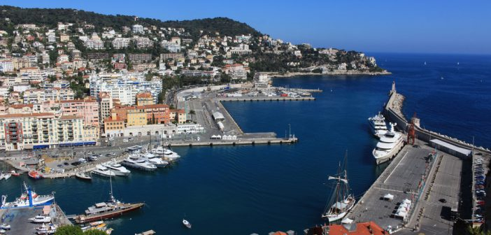Nice Port © Rosanna Delpiano - licence [CC BY-SA 4.0] from Wikimedia Commons