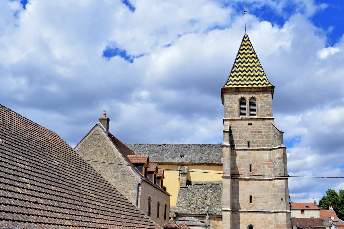 Saint-Martin Church in Fixin © French Moments