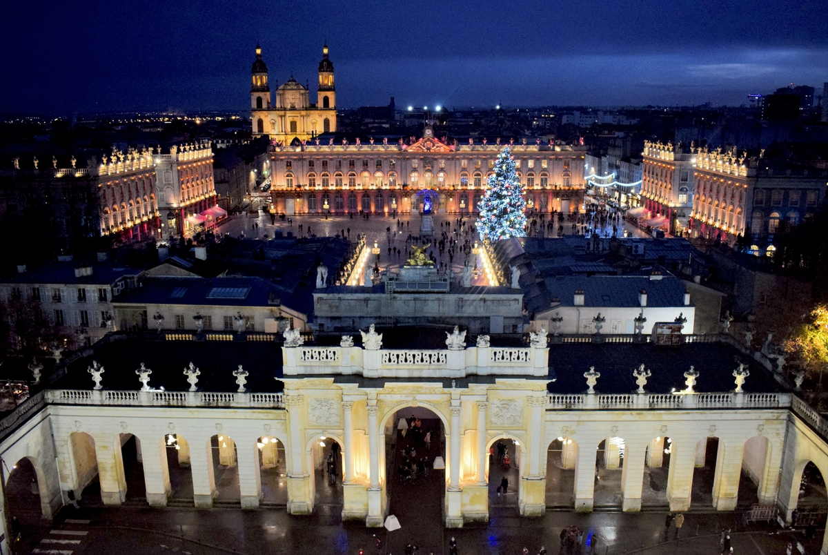 Nancy at Christmas time © French Moments