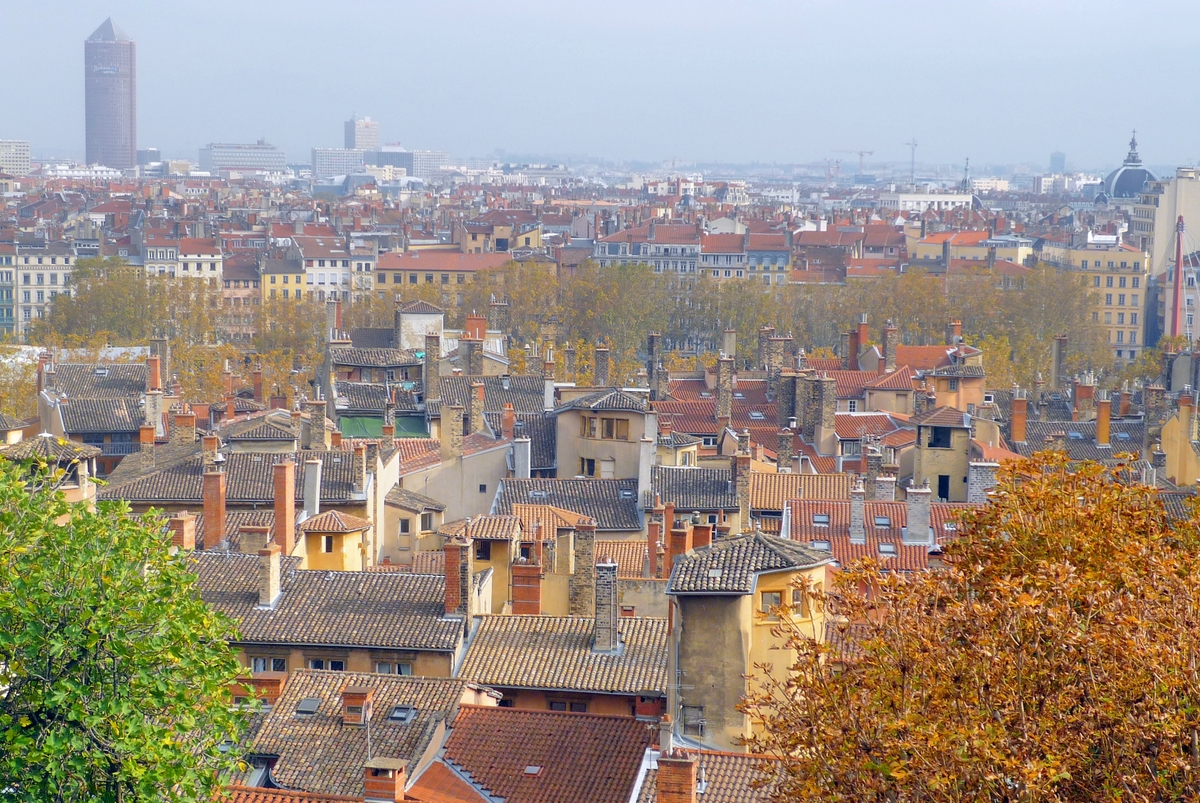 Largest cities of France - Lyon Old Town © French Moments