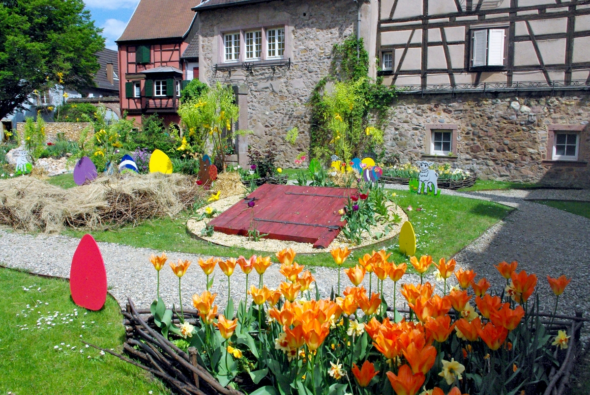 Photos of Spring in Alsace - Turckheim © French Moments