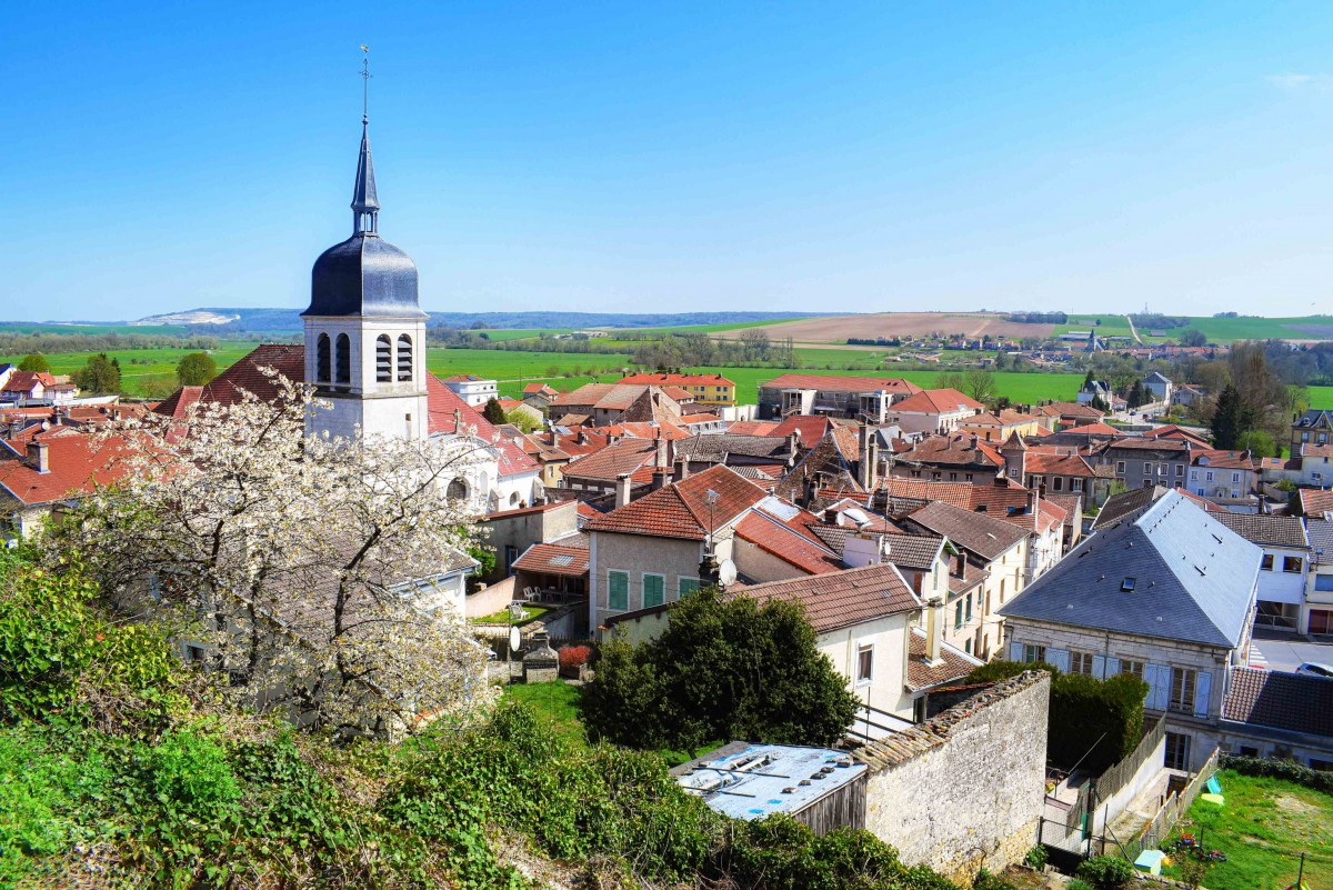 Photos of Spring in Lorraine - Vaucouleurs © French Moments
