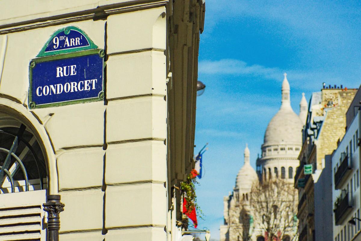Street plaques of Paris - Rue Condorcet (9th arrt) © French Moments