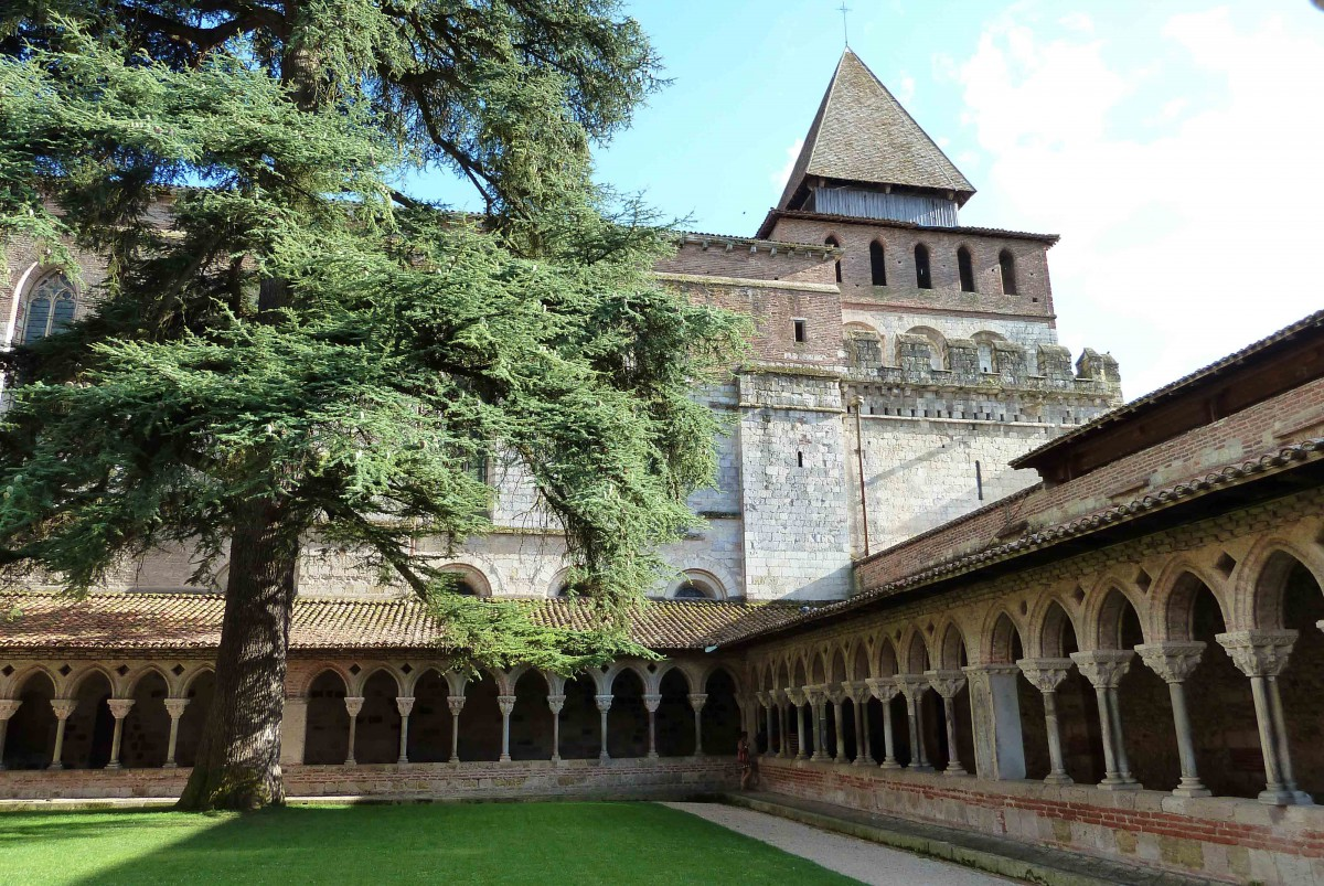 Moissac Abbey © Abxbay - licence [CC BY-SA 3.0] from Wikimedia Commons