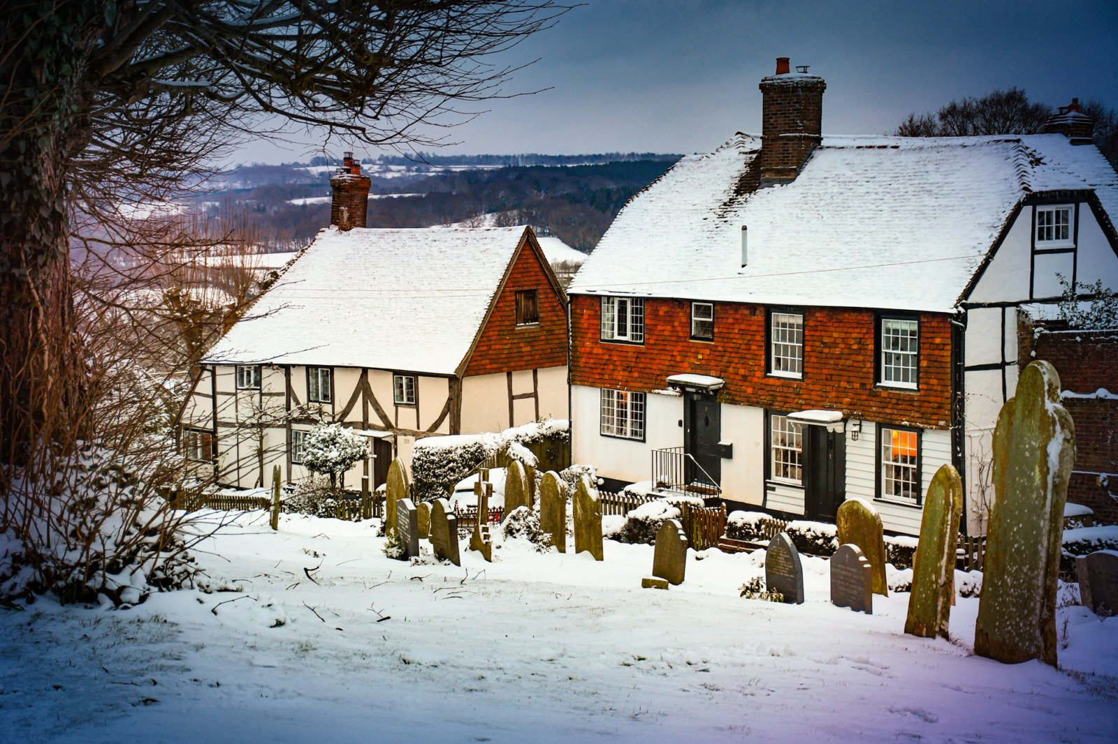 Burwash in the snow © French Moments
