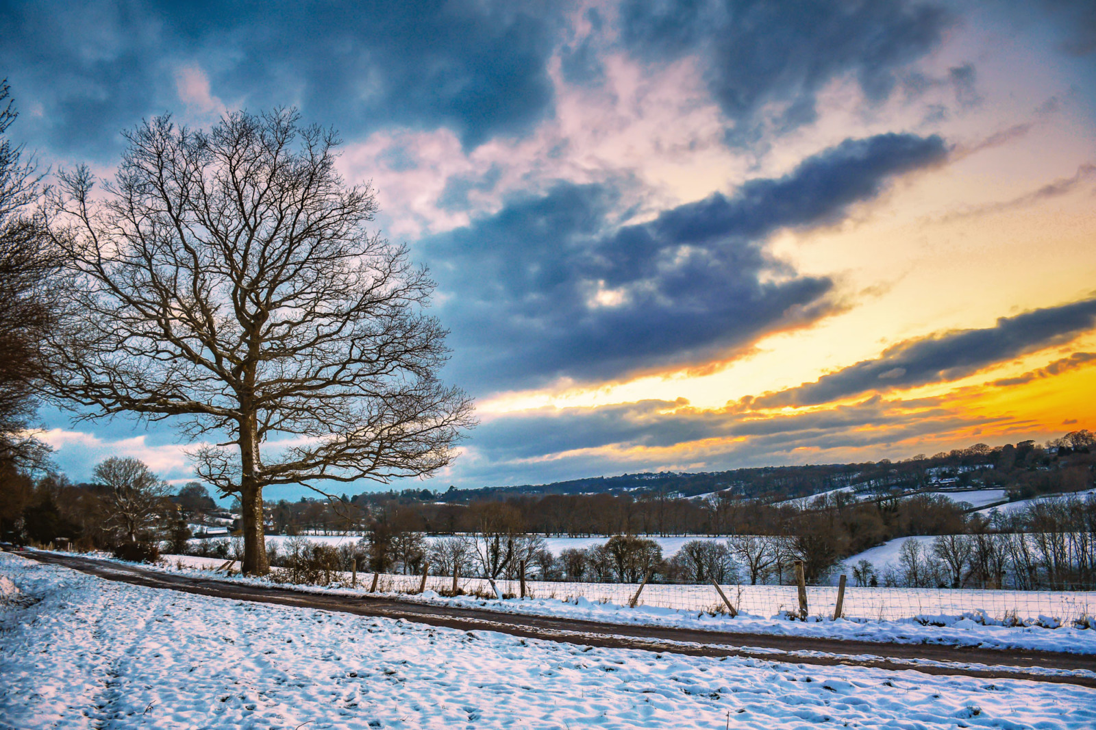 Burwash countryside in Winter © French Moments