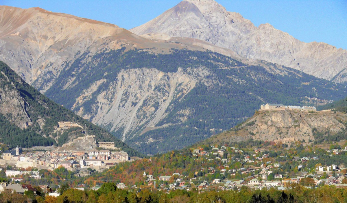 The fortified town of Briançon © MOSSOT - licence [CC BY 3.0] from Wikimedia Commons