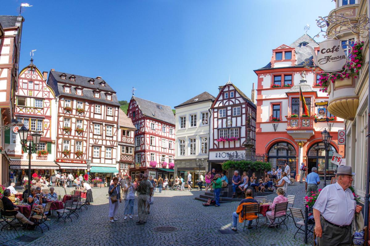 Bernkastel Market Square by Berthold Werner [Public Domain]