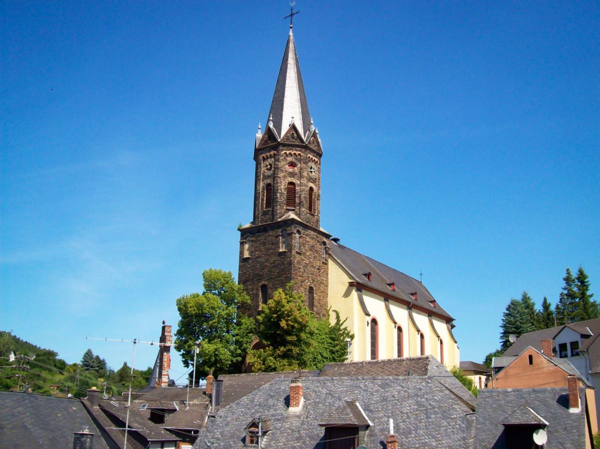 Lieser Parish Church © Gudrun Meyer - license [CC BY-SA 3.0] from Wikimedia Commons