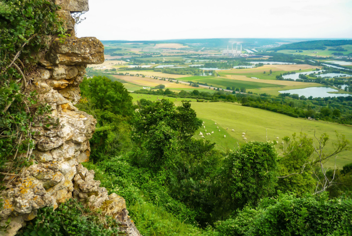 The view of the Moselle Valley from the Butte de Mousson © French Moments